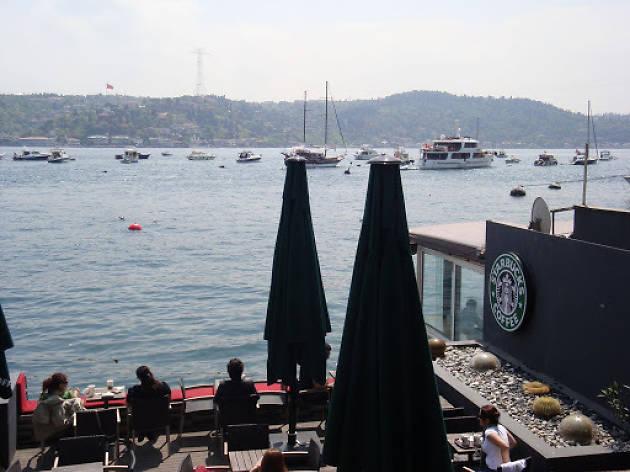 Starbucks Bebek