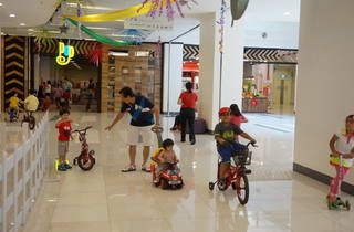 Sun Day Out at Jaya One – Indoor cycling for kids