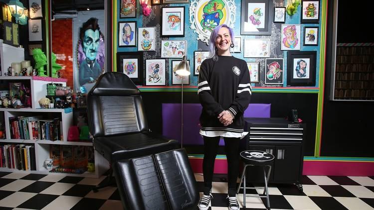 Tattoo artist at Distinkt Tattoos