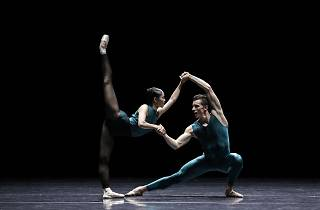 The Australian Ballet 2016 Vitesse William Forsythe In The Middle Somewhat Elevated production photo feat Ako Kondo and Kevin Jackson photographer credit Jeff Busby