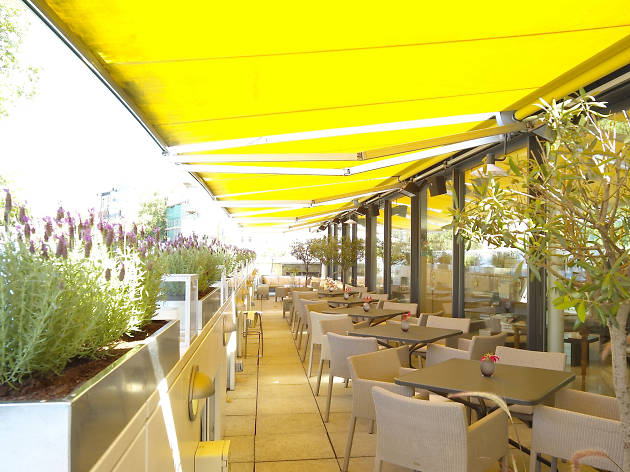 18 of the best rooftop restaurants in london for The terrace bar and food