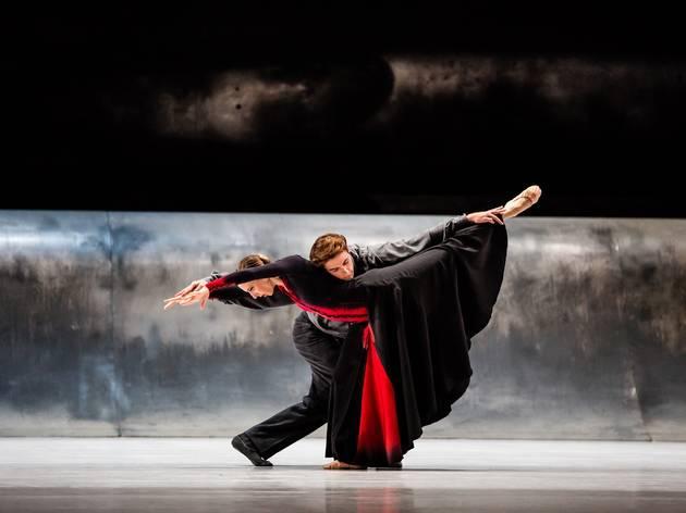 Vitesse 2016 The Australian Ballet production image 03 Forgotten Land feat Lana Jones and Rudy Hawkes photographer credit Kate Longley