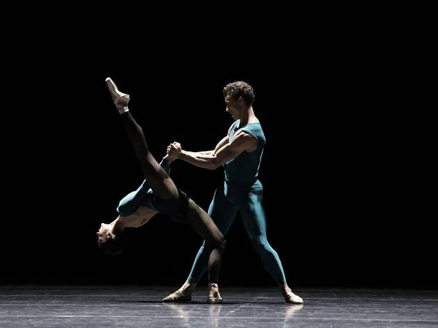 Vitesse 2016 The Australian Ballet production image 06 In The Middle Somewhat Elevated feat Robyn Hendricks and Kevin Jackson photographer credit Jeff Busby