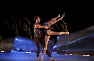 Vitesse 2016 The Australian Ballet production image 08 DVG Danse a Grande Vitesse feat Kevin Jackson and Robyn Hendricks photographer credit Jeff Busby