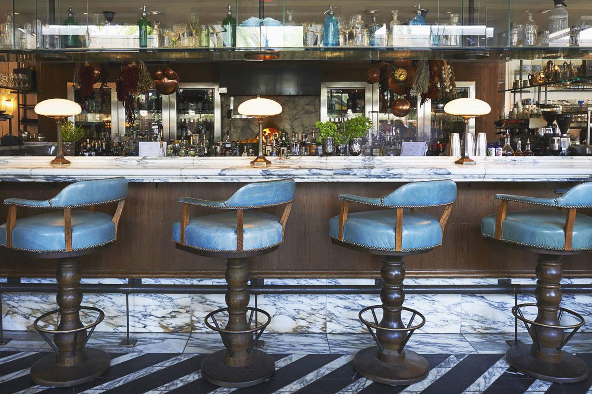 Celebrity Restaurant Sightings: See Where the Stars Eat ...