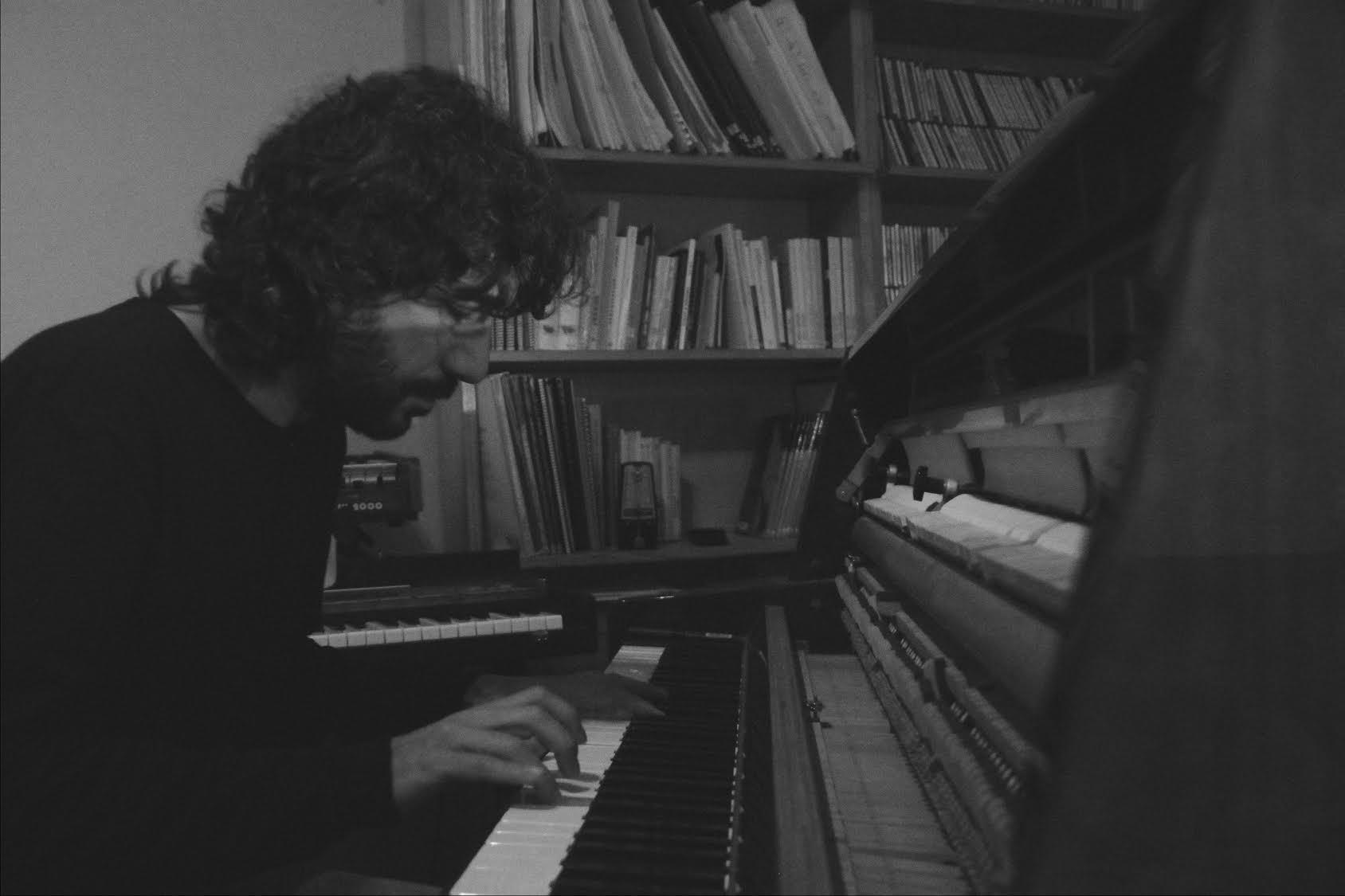 Ultra-Local Sessions Vol.4: J.G.G. + Carles Viarnès + CrO2 amb Srta 'Y'