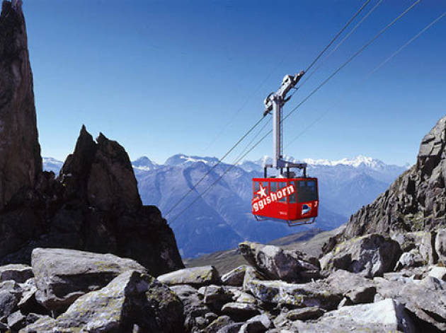 Discover Switzerland with the Swiss Travel System