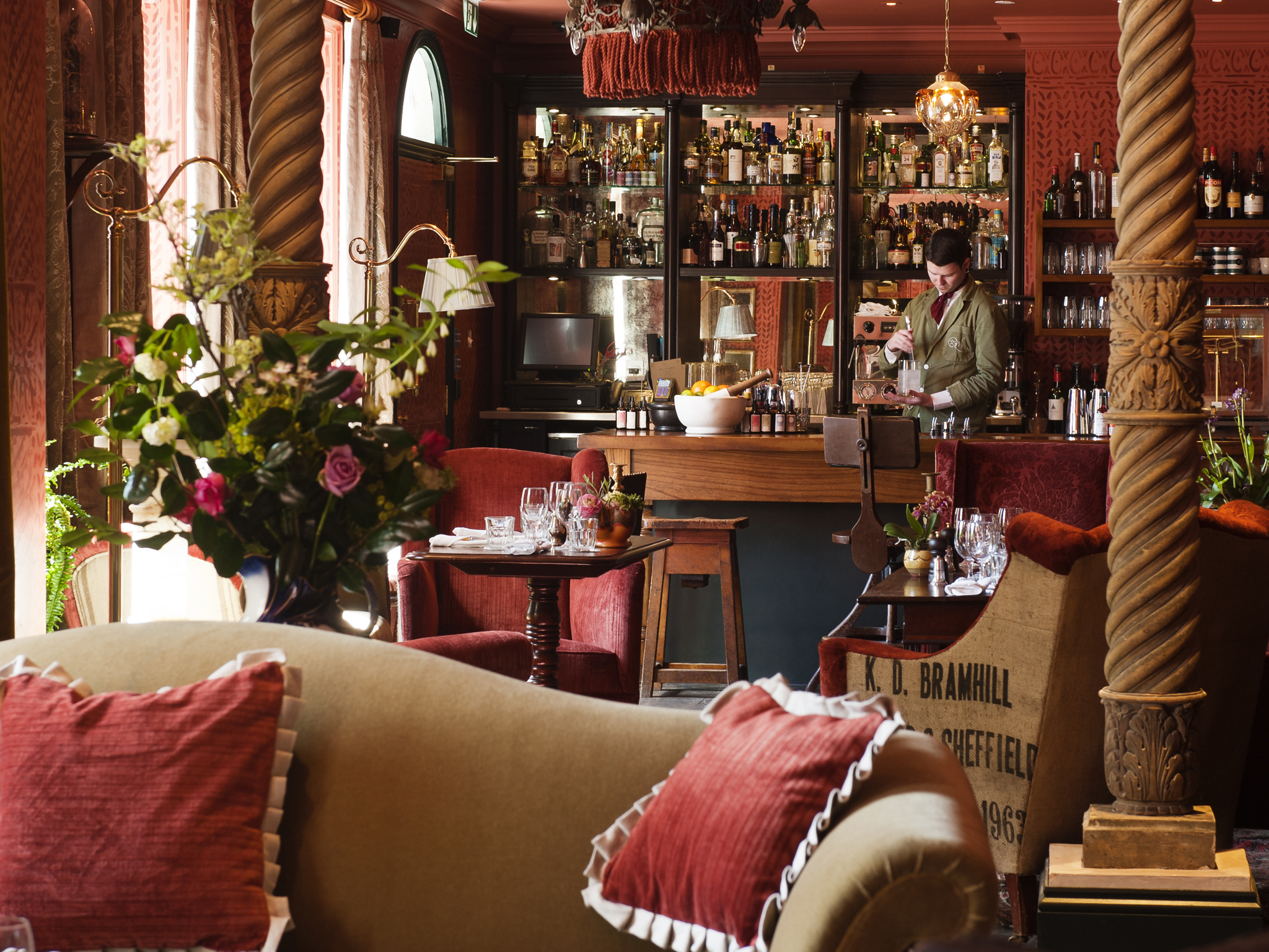 the best hotel bars in london, zetter townhouse