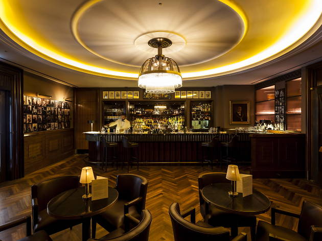 hotel bars in london, american bar at the beaumont