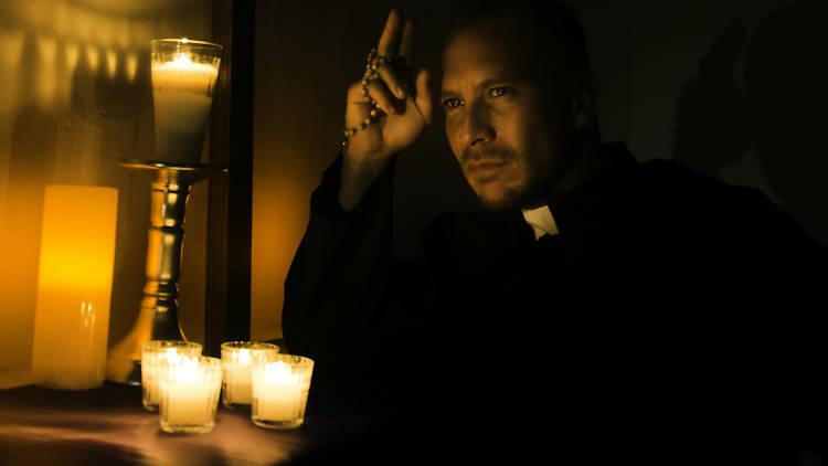 Salvador Zerboni en la obra El Sacerdote