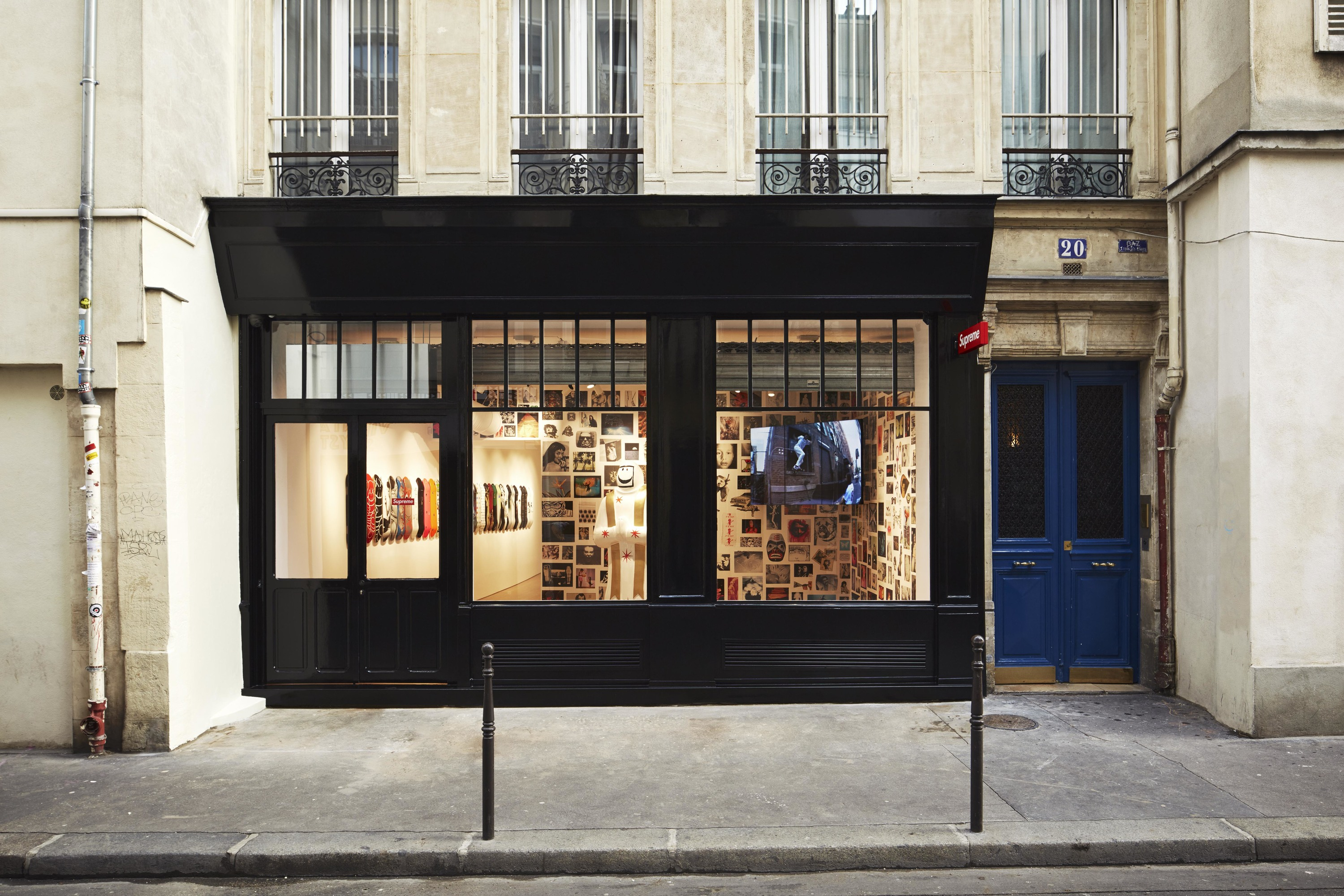 Supreme paris store shopping in le marais paris - Boutique cuisine paris ...