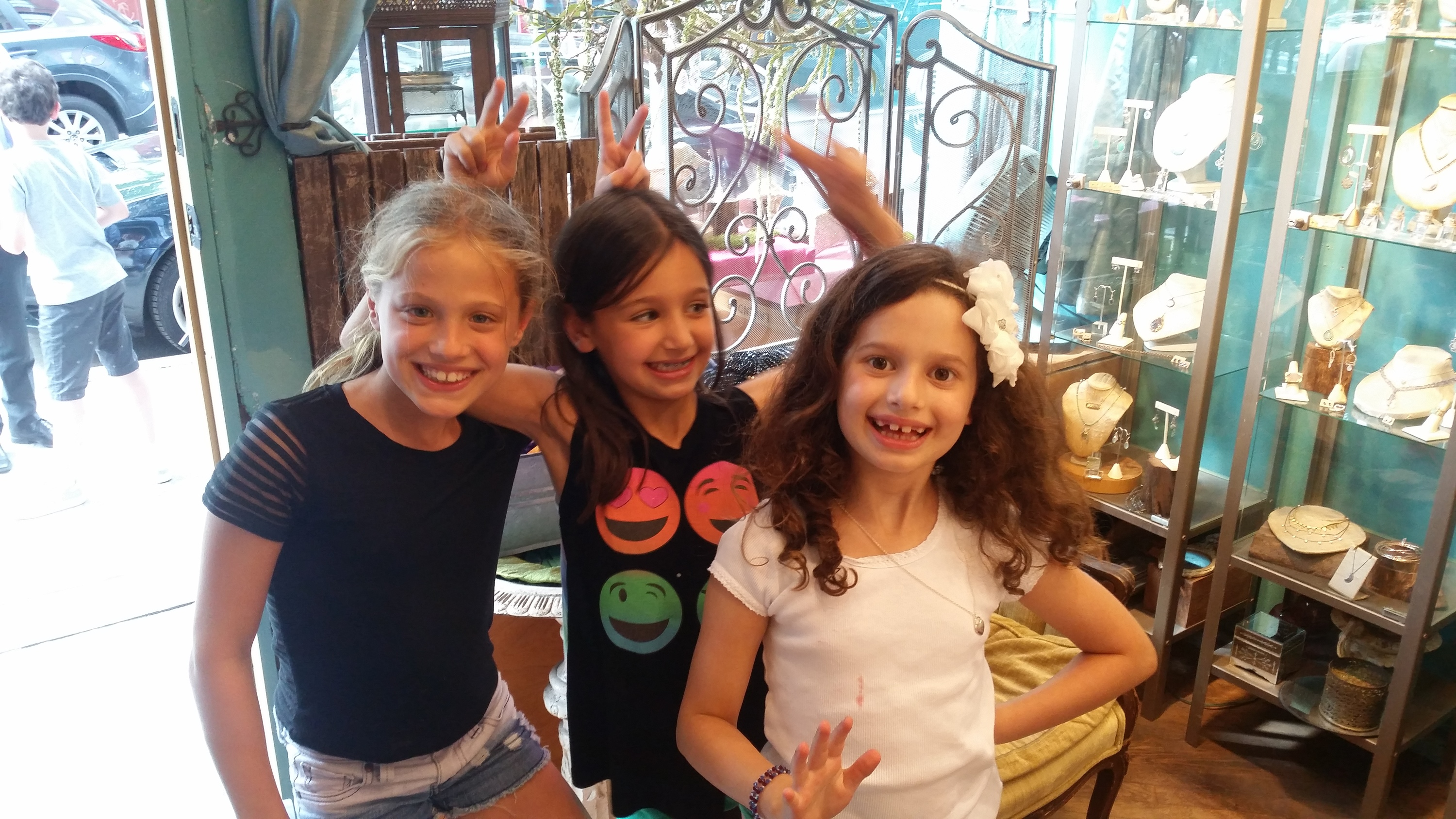 Lunessa Designer Jewelry Birthday Parties
