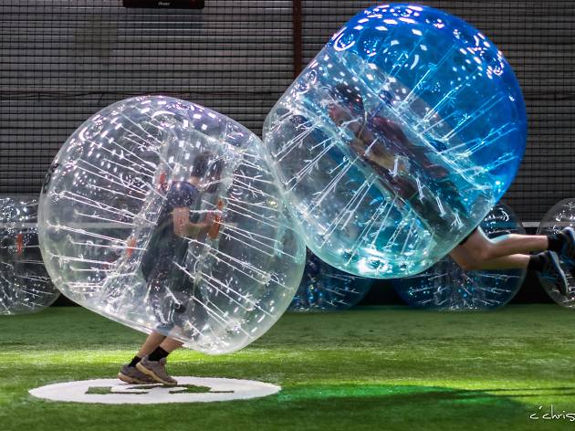 S'offrir une partie de Bubble Bump au Carreau du Temple