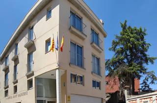 Hostal Sant Sadurní