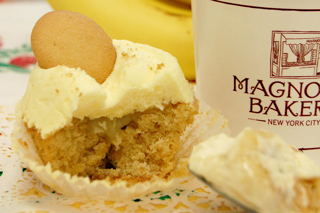 Banana pudding cupcake at Magnolia Bakery