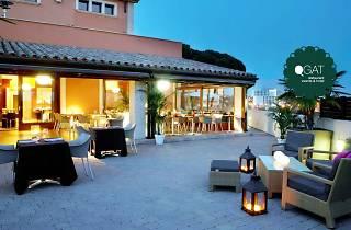 Qgat Hotel