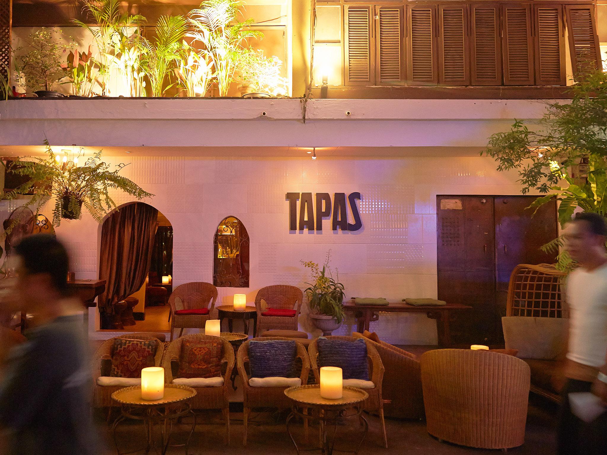 Bar & nightclub at Silom Soi 4