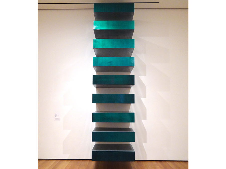 Top famous sculptures of all time from michelangelo to picasso for Donald judd stack 1972