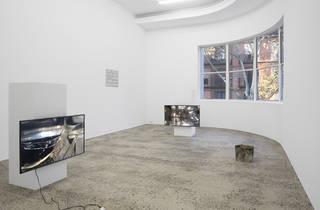 Minerva gallery 2016 interior shot installation view of Joshua Petherick exhibition