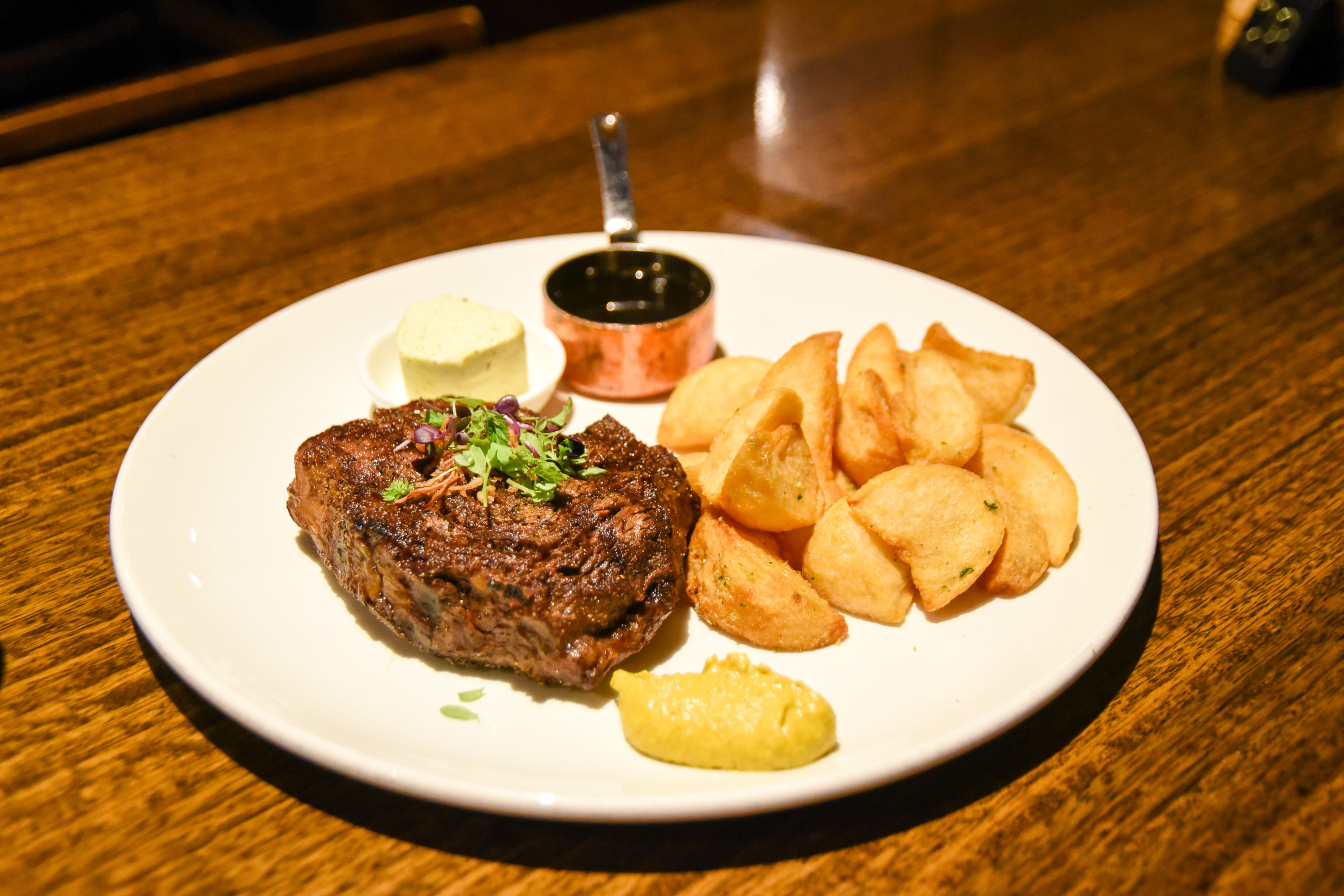 Steak and potatoes at The Railway Club Hotel in Port Melbourne