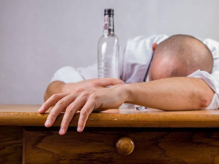 二日酔いにならないアルコールがあるらしい