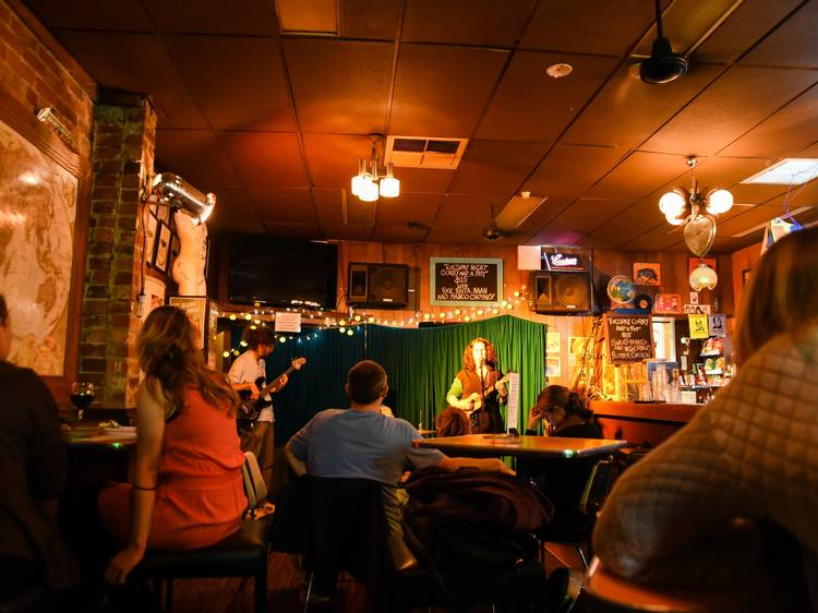The best live music pubs in Melbourne
