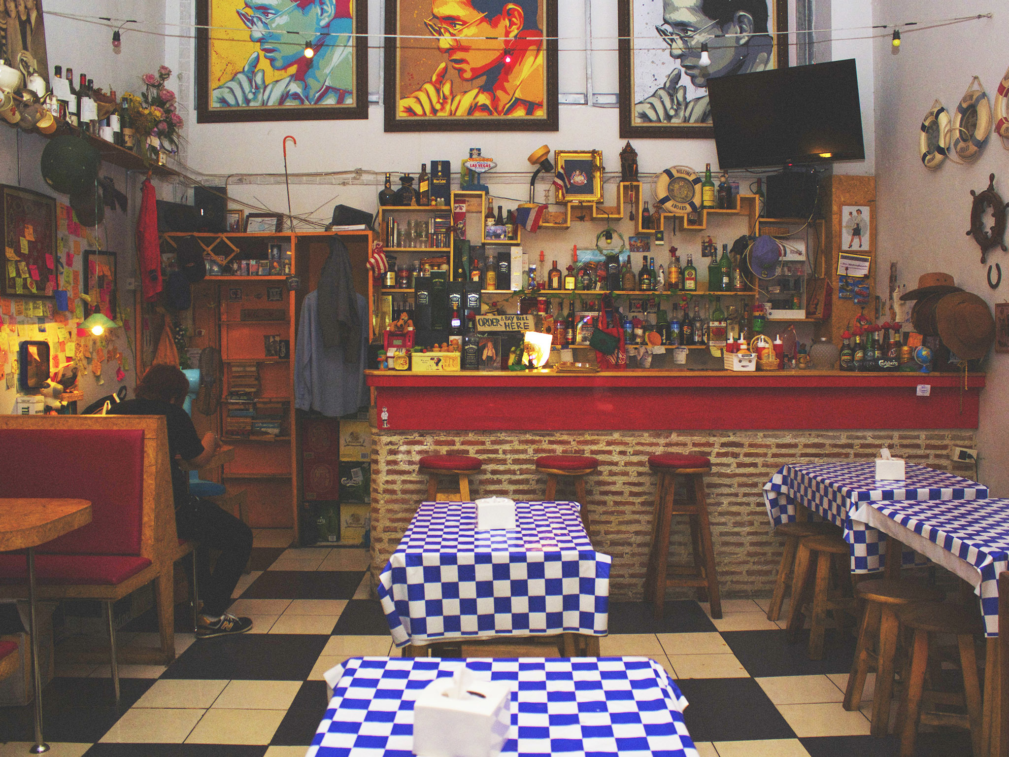 American traditional Restaurants at Phaholyothin Road