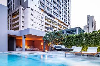 Ad Lib Bangkok 01