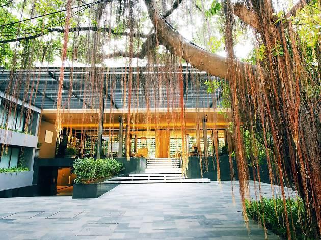 Ad Lib Bangkok 02