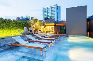 Ad Lib Bangkok 06