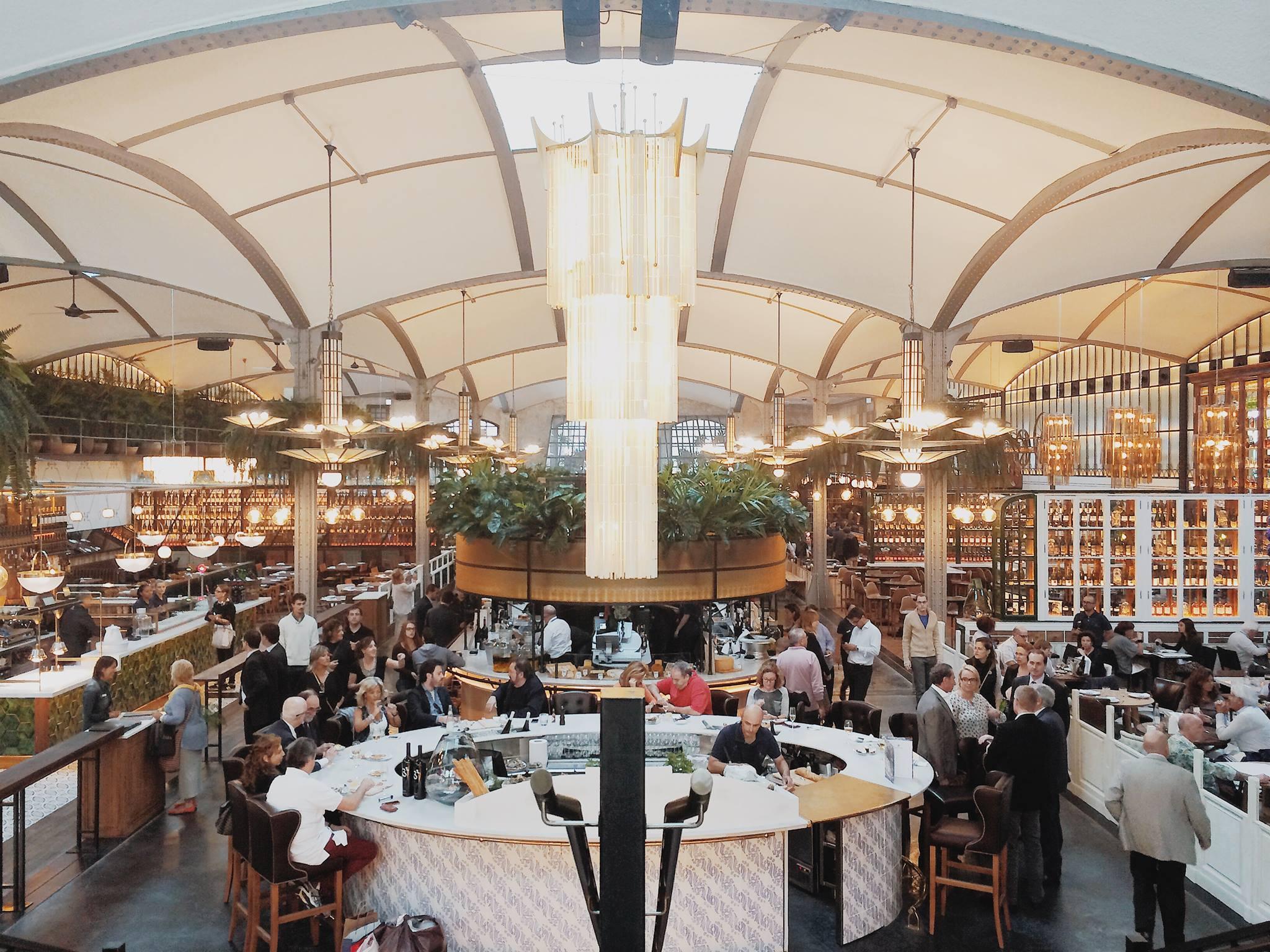 Macrorestaurants a Barcelona: àpats de qualitat massiva