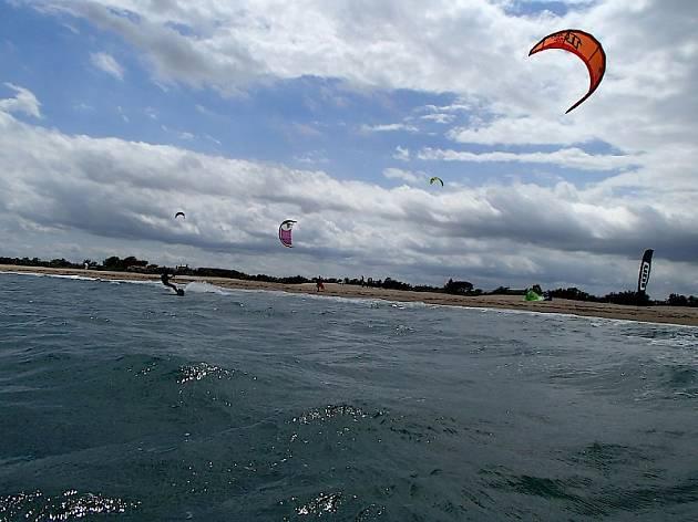 Fer kite surf a Sant Pere Pescador