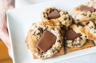 Habanero orange chocolate chip cookie Hello Robin