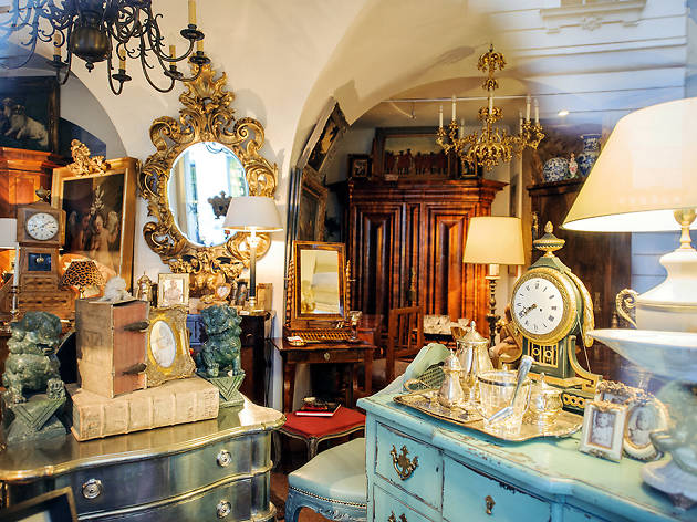 Photograph: Shutterstock - Antique Stores In NYC For Vintage Finds And Retro Clothes