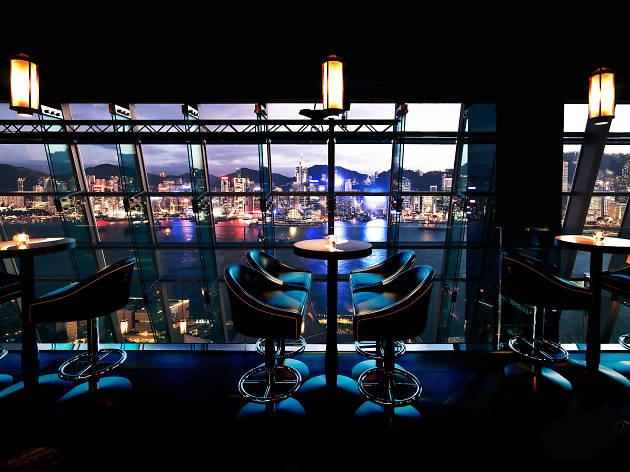 The best Hong Kong restaurants with a view - Aqua Hong Kong