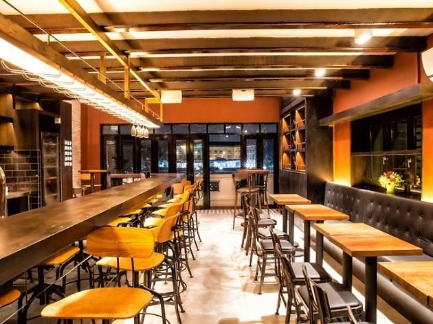 Panorama Riverside Lounge