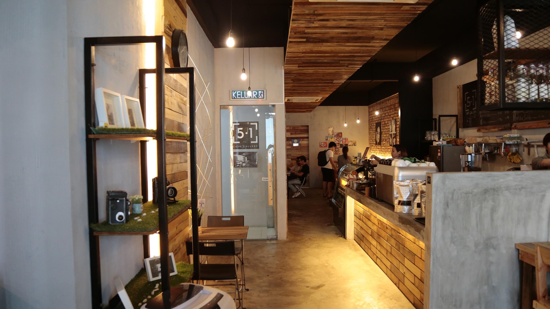 5.1 Café Gallery