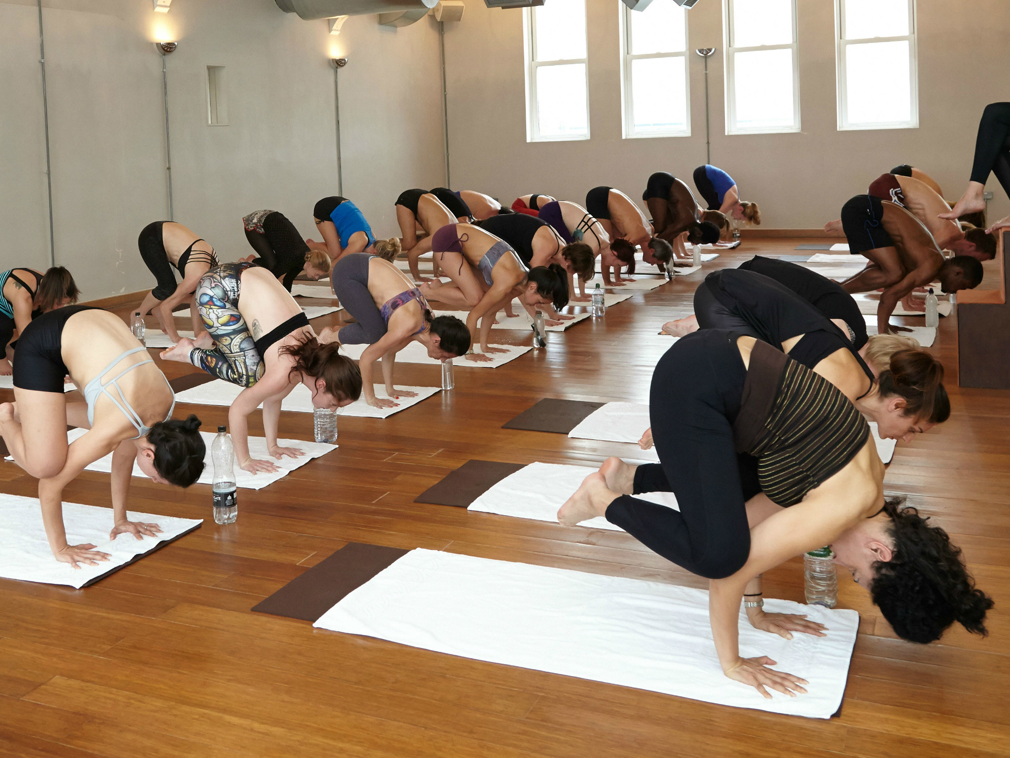 Best Hot Yoga And Bikram Yoga In London Get Sweaty In The City