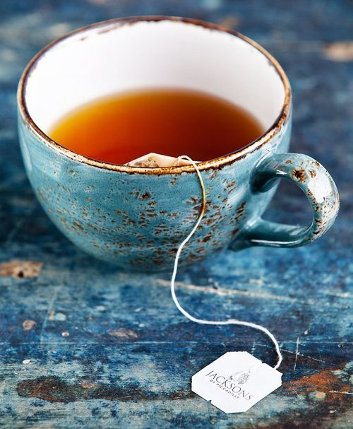 Ten signs you're a Londoner obsessed with tea