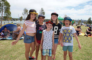 Kids at Barangaroo Reserve