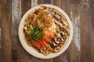 Seafood okonomiyaki  (Photograph: Anna Kucera)