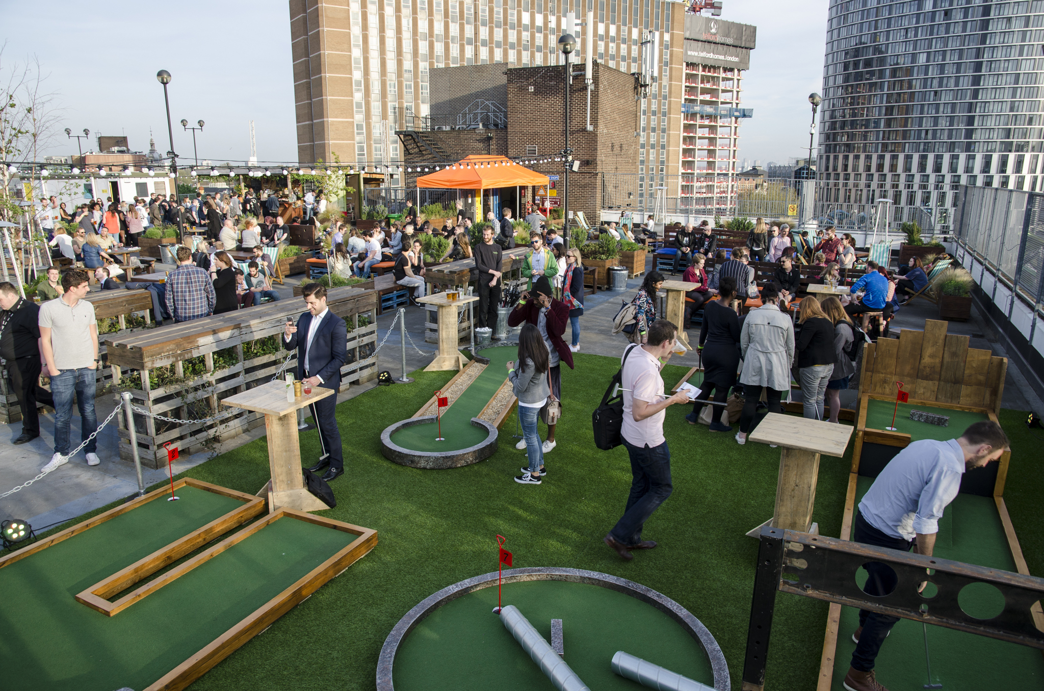 Roof East - Birdies crazy golf, rooftop cinema, rockadollar hotd