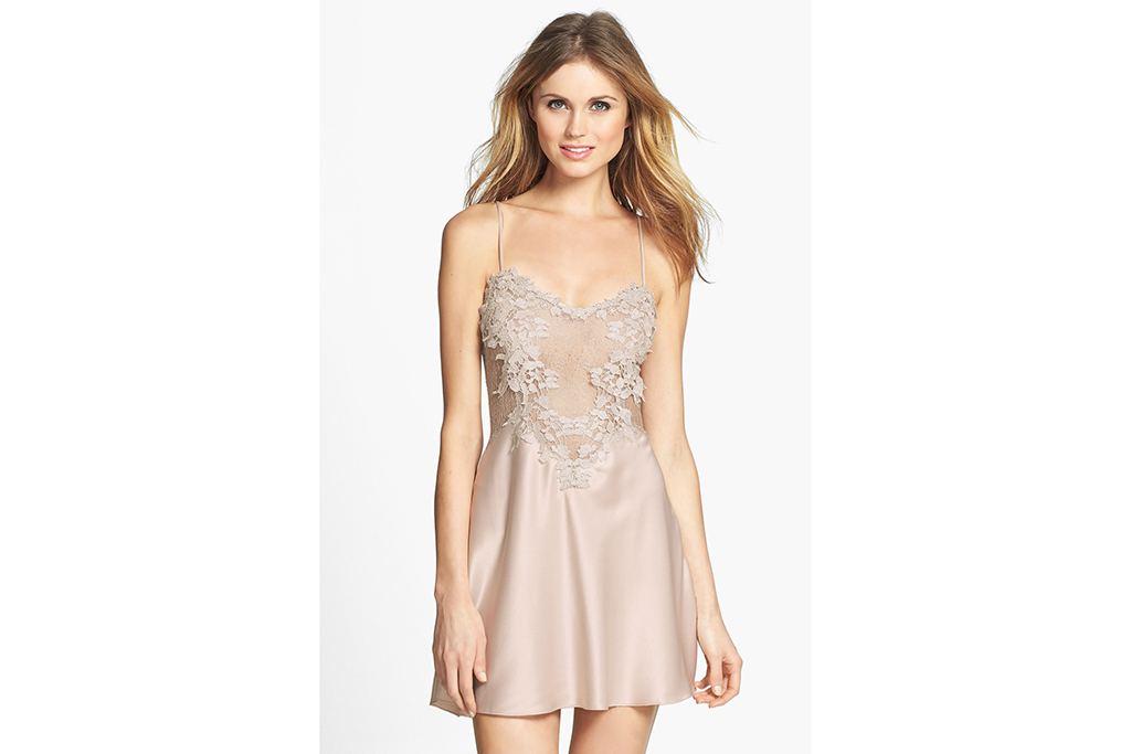 "Flora Nikrooz ""Showstopper"" chemise"