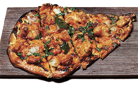 Chicken naan-za (Bindaas)