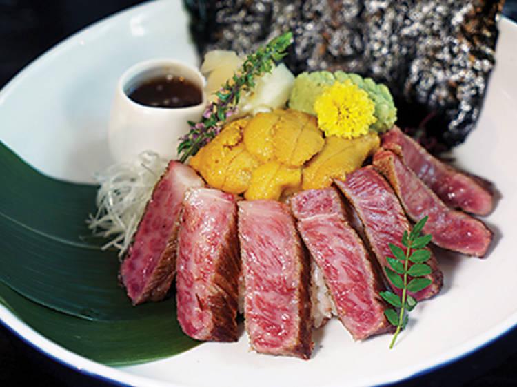 Wagyu steak uni bowl (Ura)