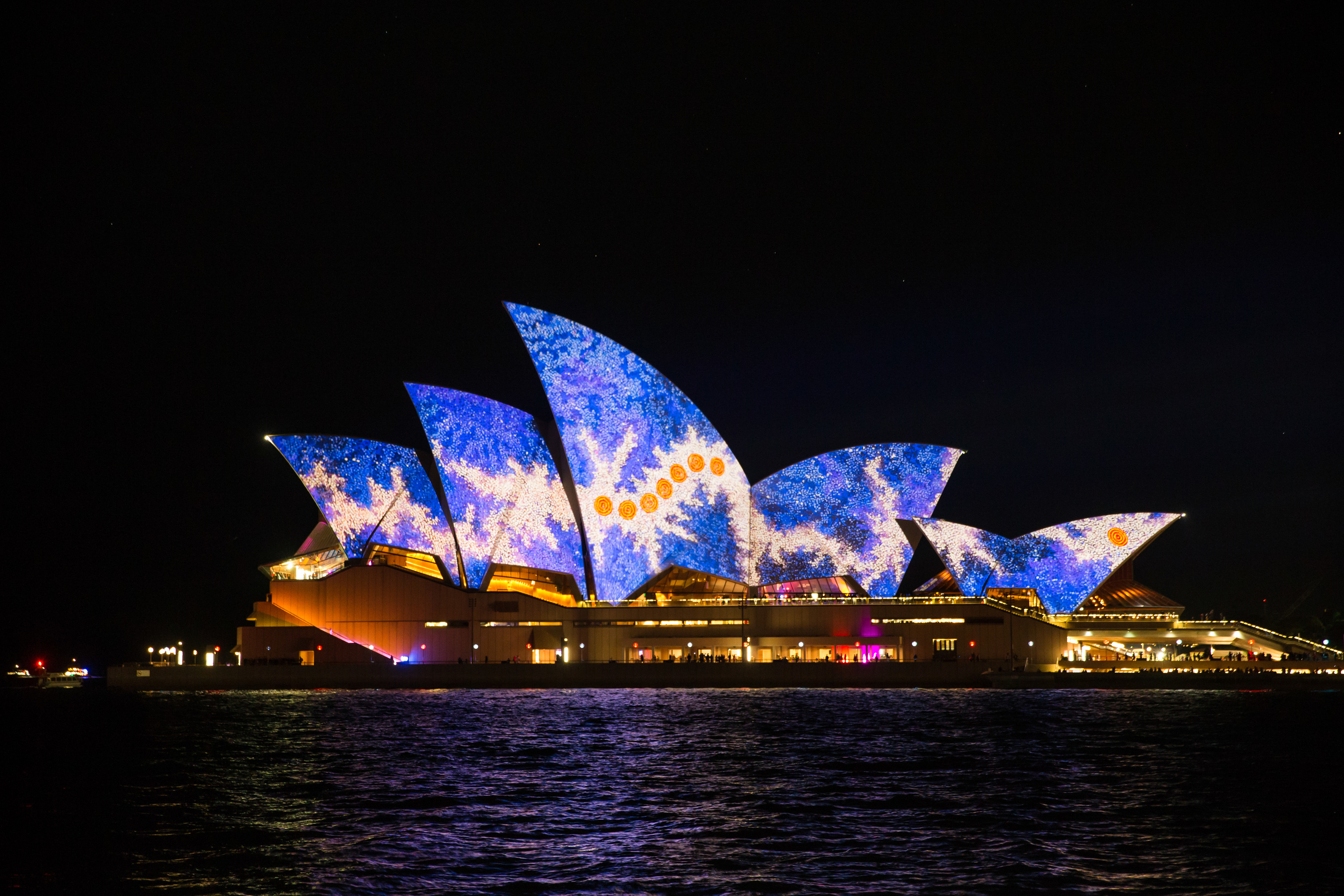 Lighting the Sails Vivid Sydney 2016