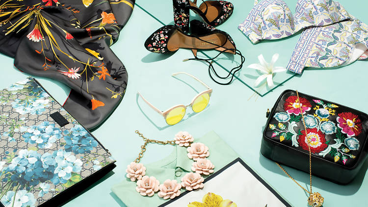 Floral accessories for summer