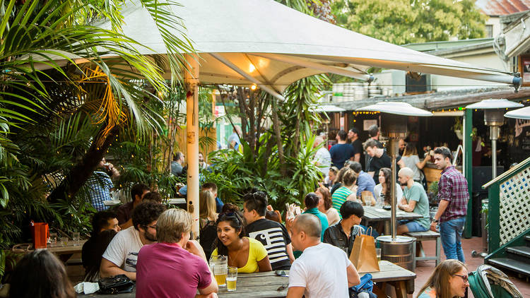 The beer garden at the Courthouse Hotel