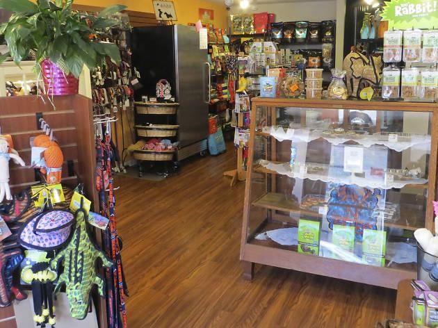 Bark N' Bites Pet Boutique