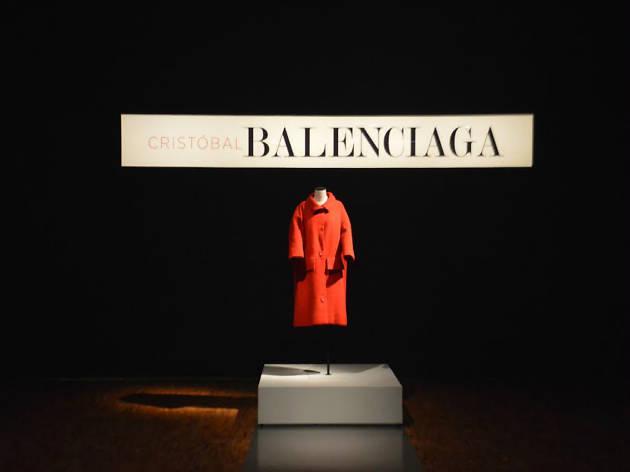 Exposición Cristóbal Balenciaga, un discreto esplendor